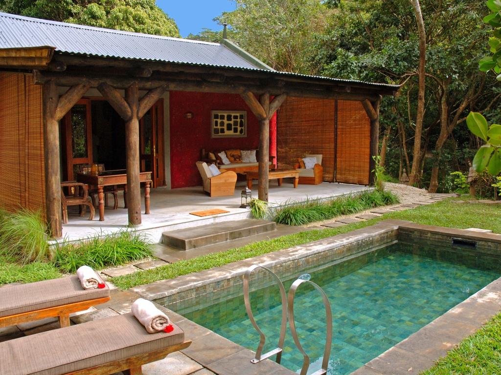 Pool-Suite-Kithnou